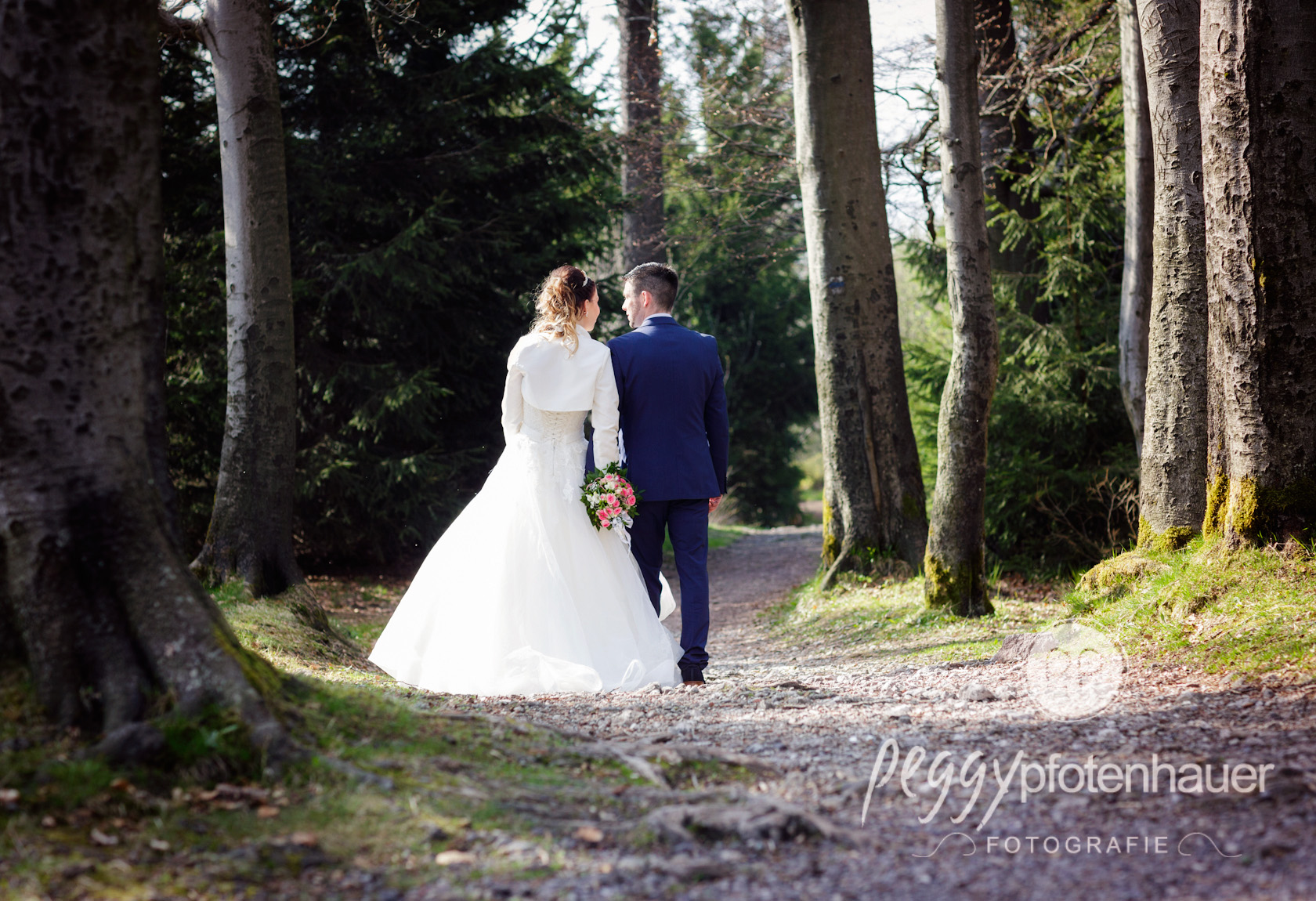 Hochzeit im Wald Peggy Pfotenhauer Fotografie