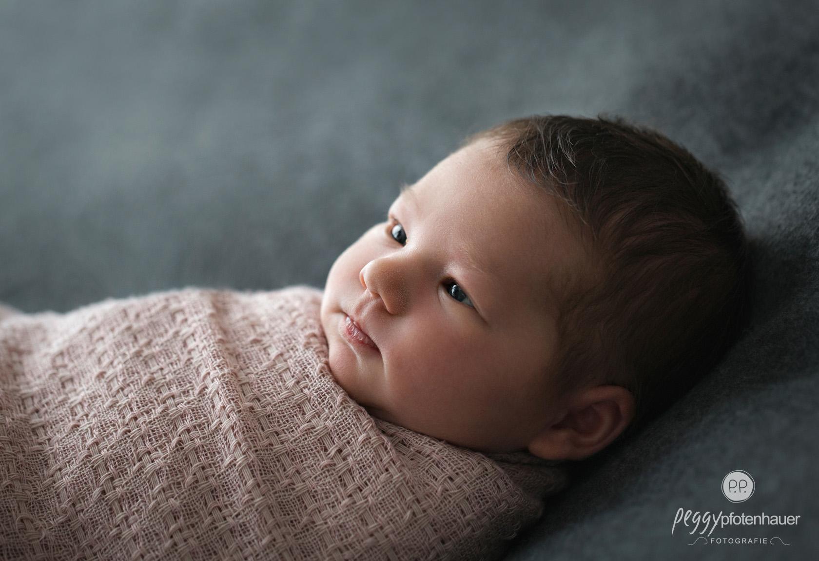 Neugeborenenfotografie Peggy Pfotenhauer