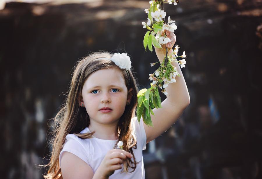 Mädchenportraits in der Natur