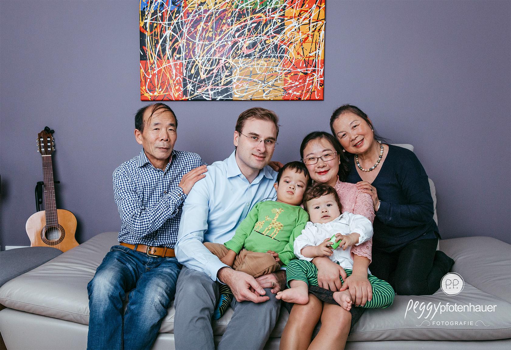 Familienfotos im eigenen Haus