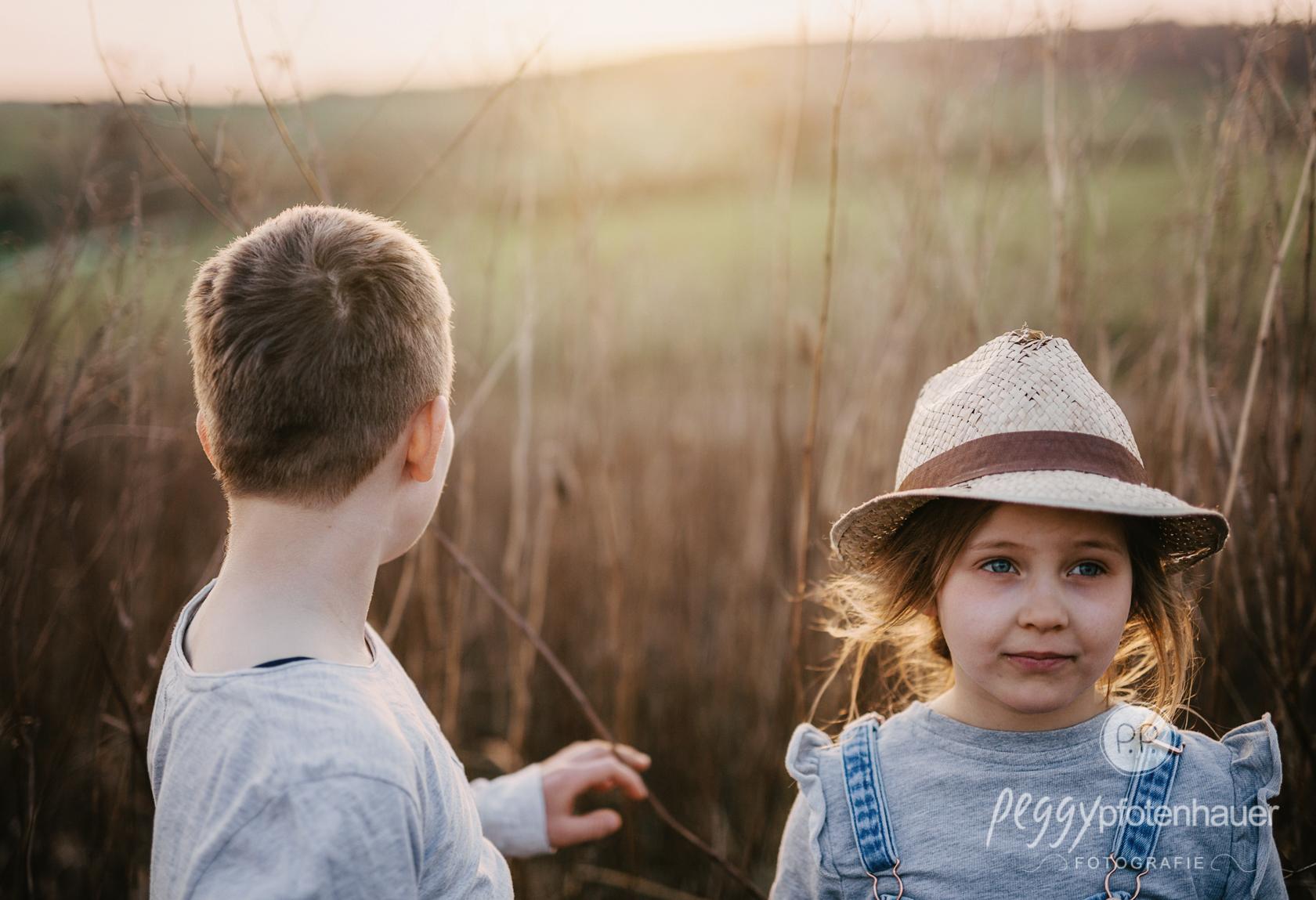 Kinder in der Natur fotografieren