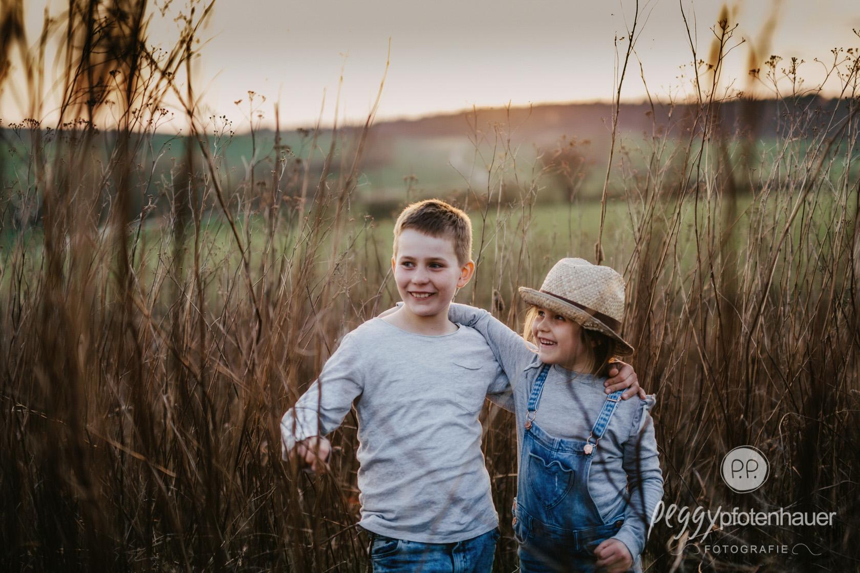 Kinder draußen fotografieren