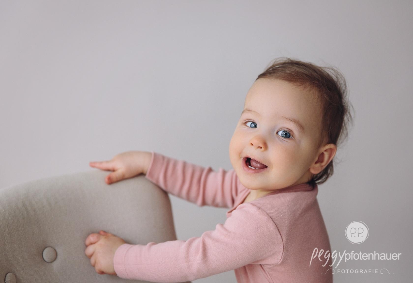 Babybilder Sitzalter