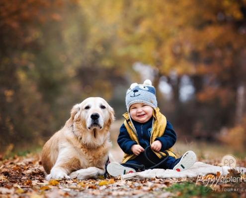 Babybilder mit Hund