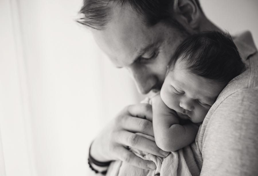 innige Papa Baby Fotos
