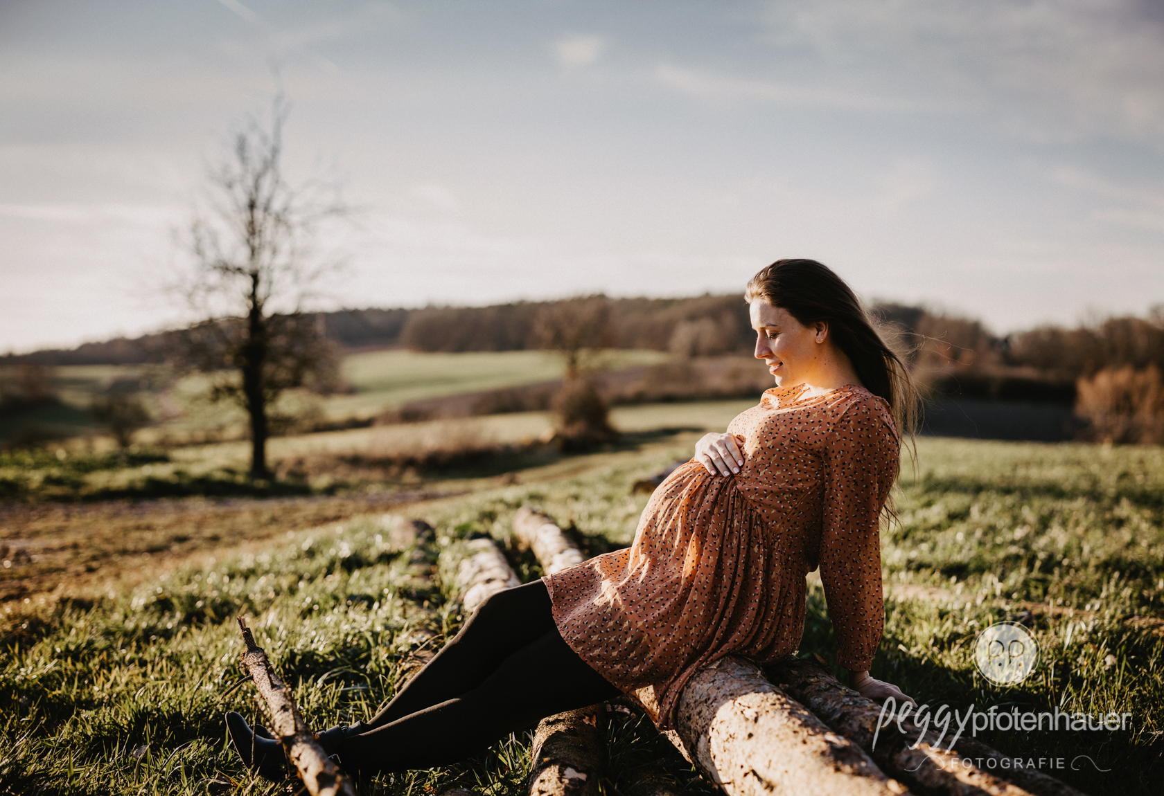 Schwangerschaftsbilder outdoor