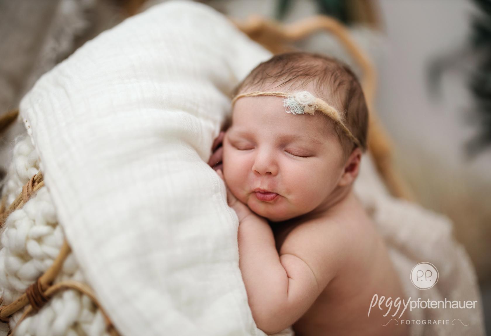 Boho Style Newborn Shooting