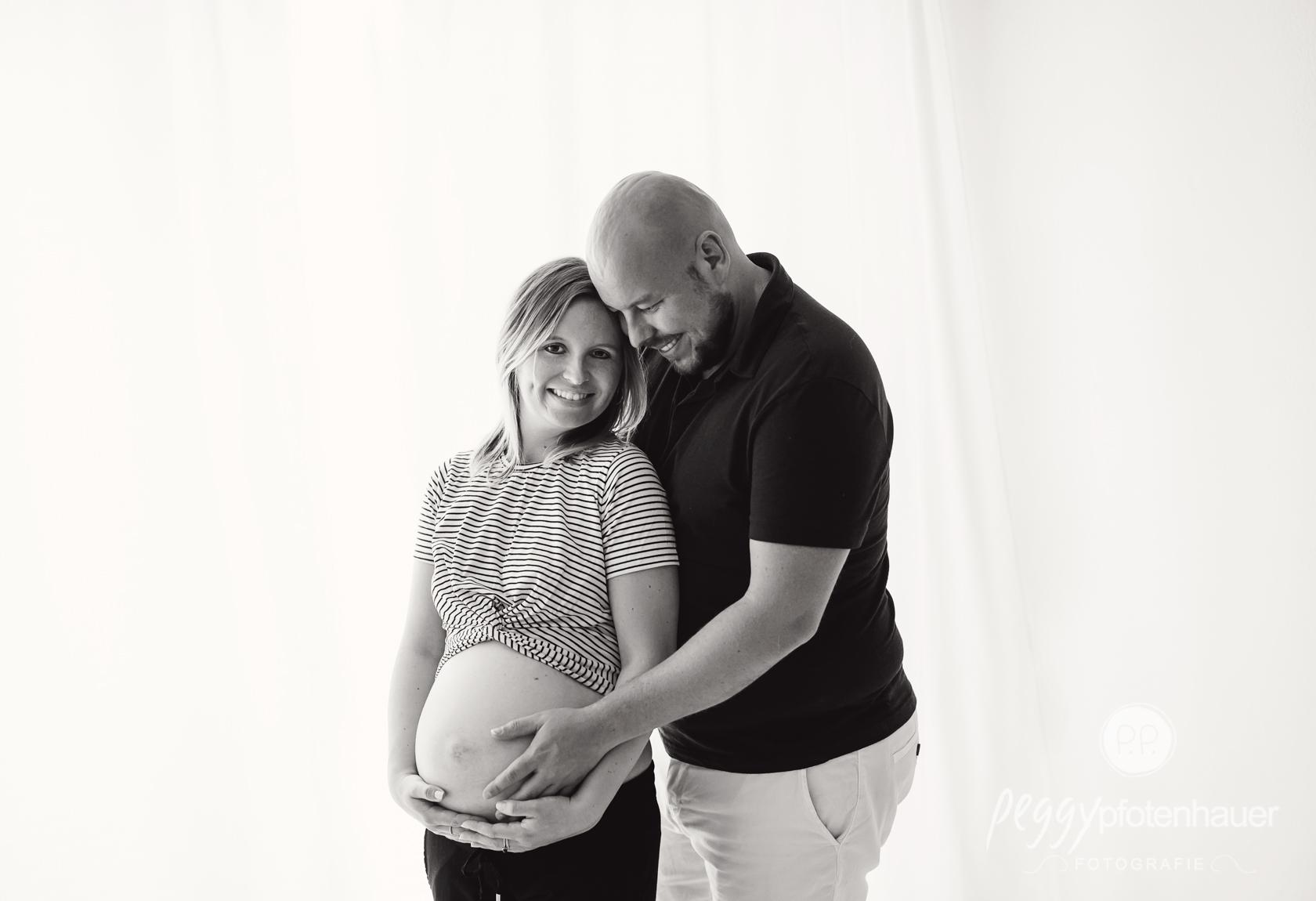 Babybauchbilder mit Partner