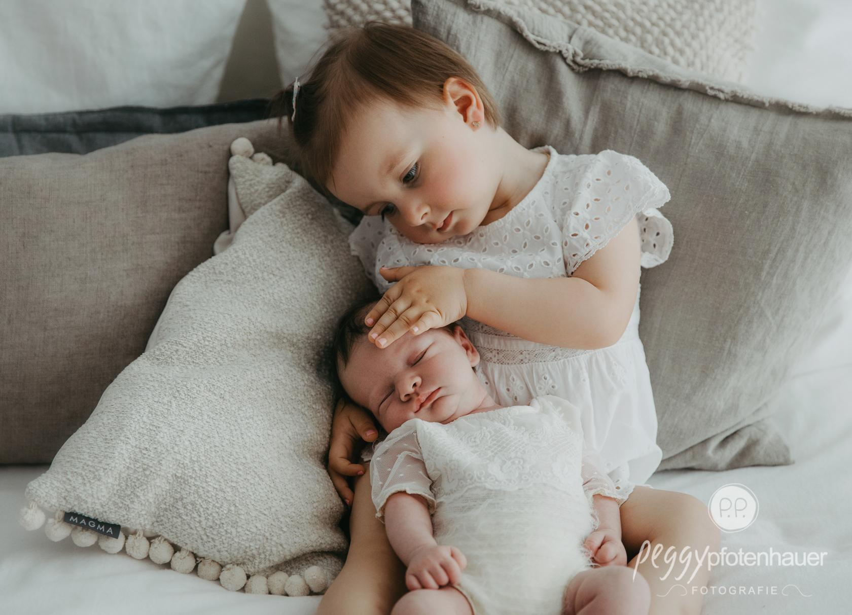 liebevolle Newbornfotos