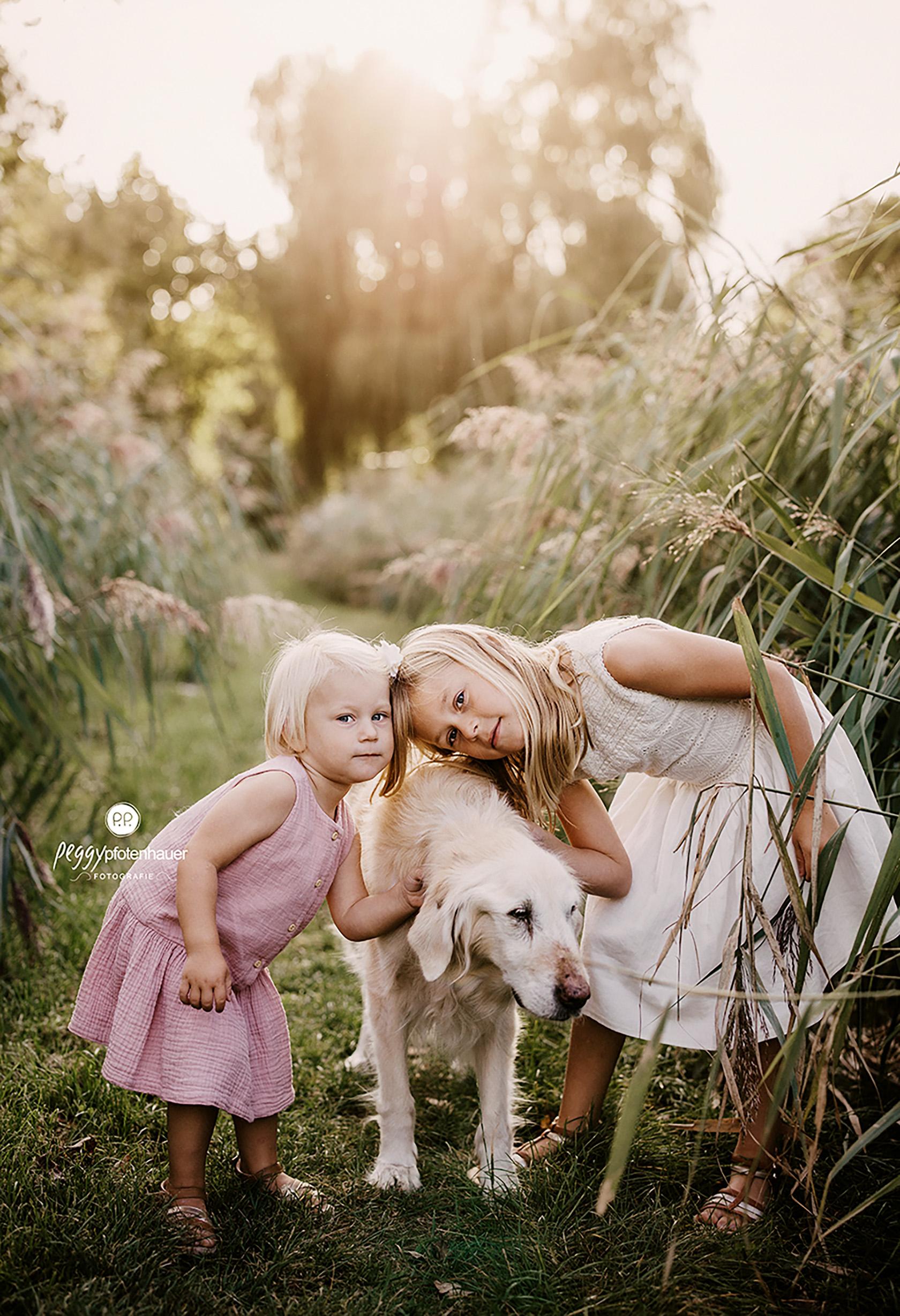 Geschwisterbilder mit Hund