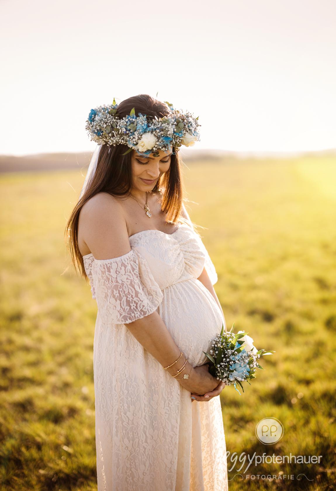 Babybauchbilder im Frühling
